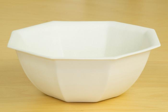 照井壮|乳白釉八角鉢