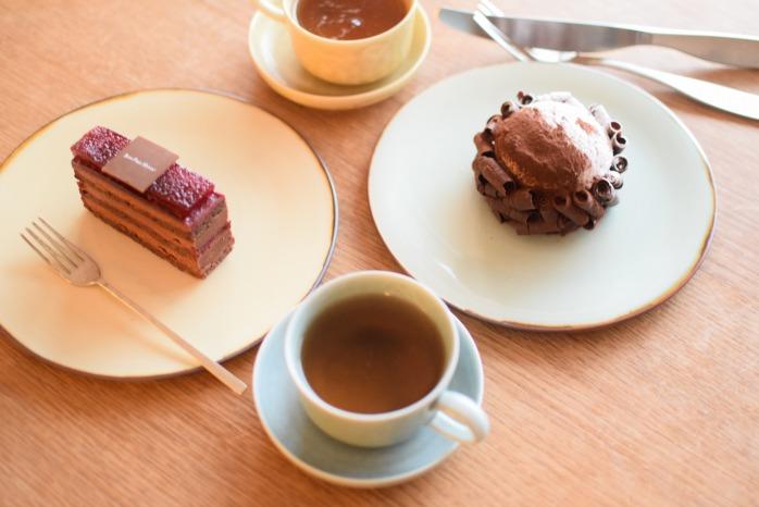 照井壮|プリン釉盤皿(6寸) お茶の時間が楽しくなる美しいフラットなプレート。