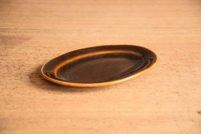 矢口桂司|飴釉オーバルプレートS
