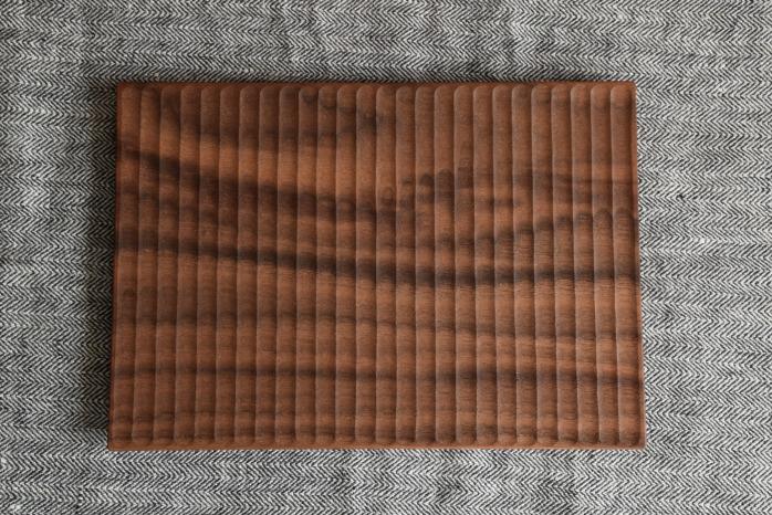 Semi-Aco 加賀雅之|pan皿(ウォールナット・プレーン) 俯瞰