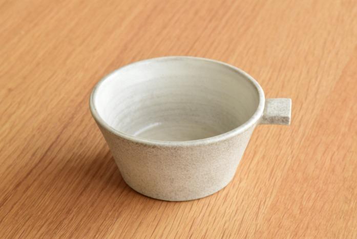 戸塚佳奈|白片手鉢(小) 正面