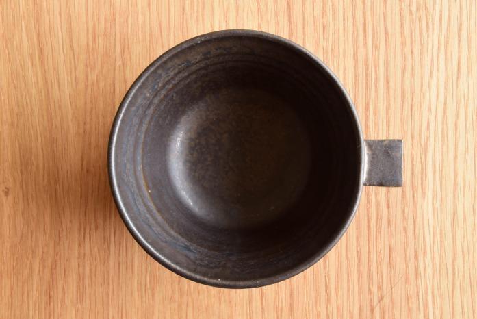 戸塚佳奈|黒片手鉢(中) 俯瞰・表