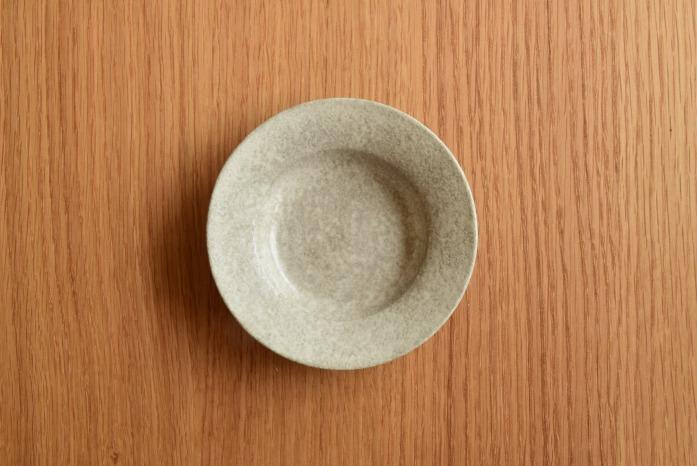 戸塚佳奈|白リムプレート(11cm) 俯瞰・表