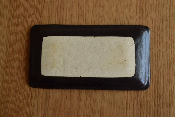 中村恵子|艶黒角皿(小) 俯瞰・裏