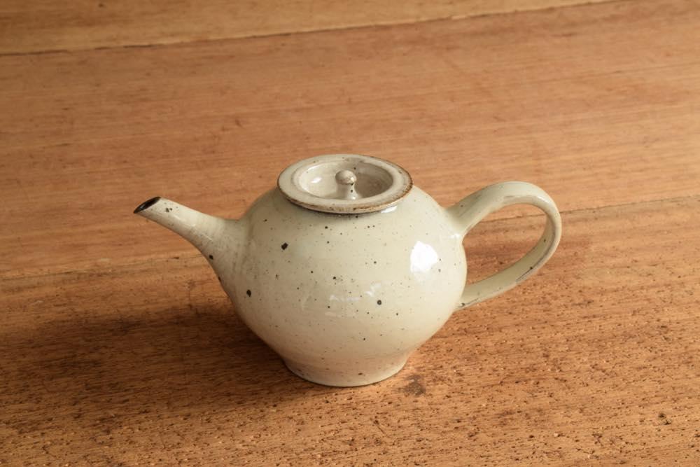 角掛政志|粉引ポット 紅茶にも日本茶にもお好きなお茶でどうぞ