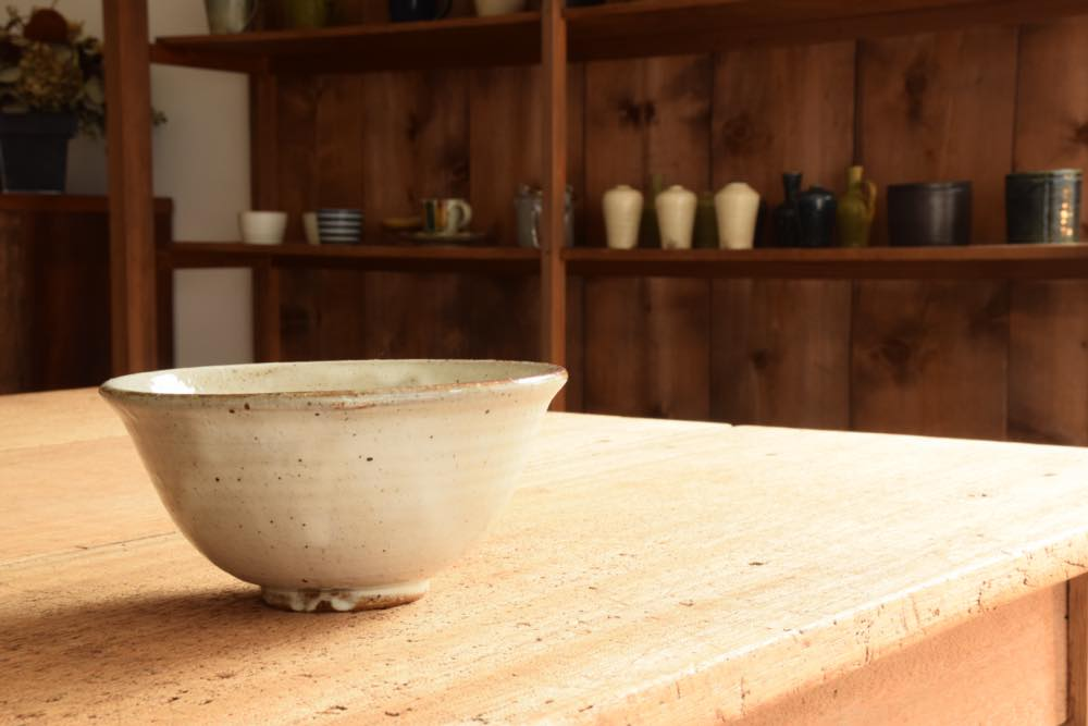 角掛政志|粉引麺鉢 水平