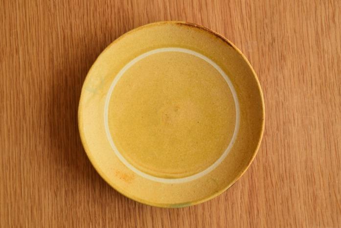 沖澤 真紀子|イエローリング皿(15cm) 俯瞰・表