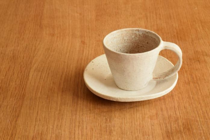 石川若彦|粉引Sマグカップ プレートと