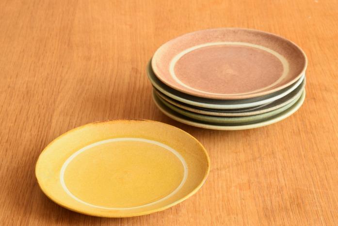 沖澤 真紀子|イエローリング皿(15cm) 色違い