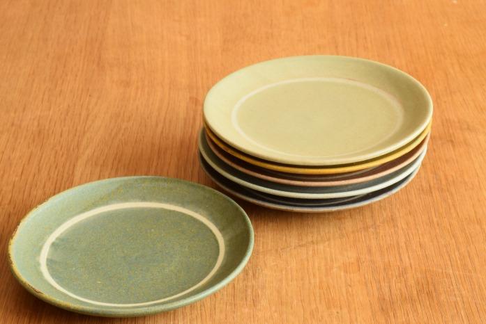 沖澤 真紀子|ブルーグリーンリング皿(15cm)色違い