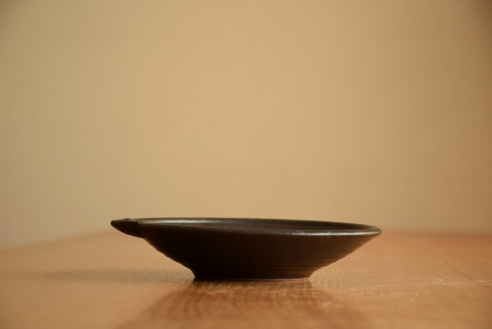 中村恵子|黒片口鉢 水平