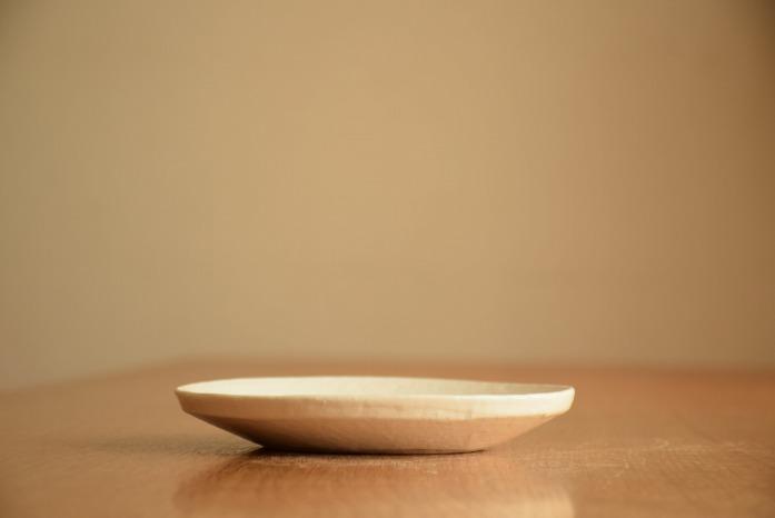 石川若彦|粉引リム皿(No.3) 水平