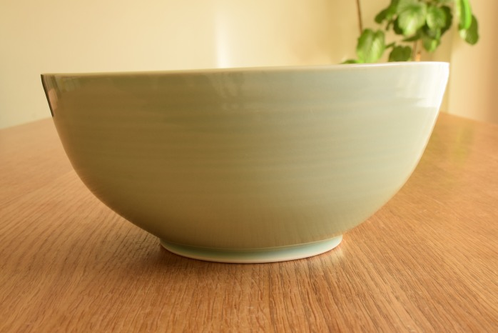 照井壮|青白磁大鉢(A) 水平