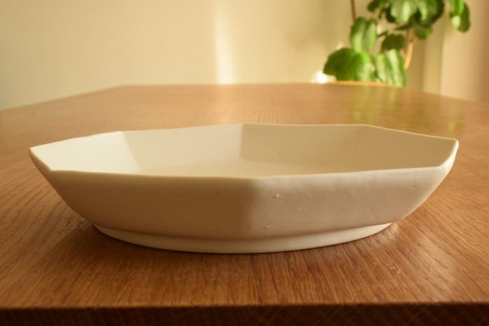 照井壮|粗磁土八角皿 水平