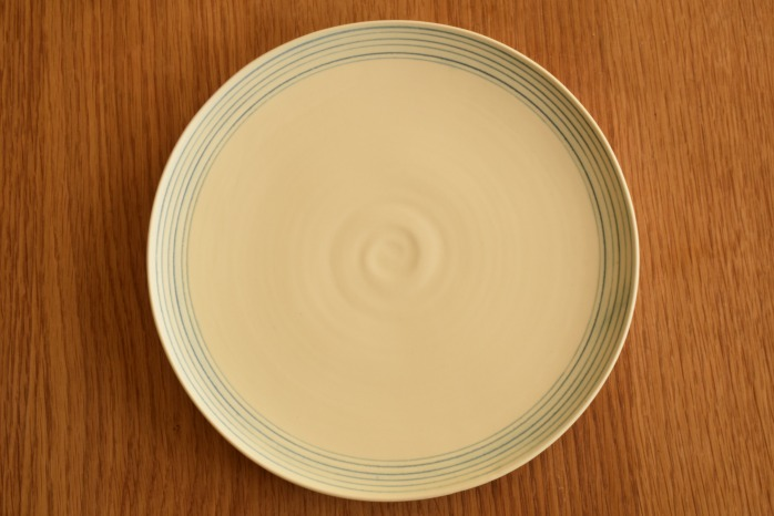 照井壮|青線刻盤皿(8寸) 俯瞰・表