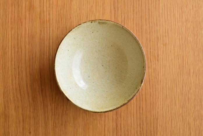中村恵子|粉引飯椀(大) 俯瞰・表