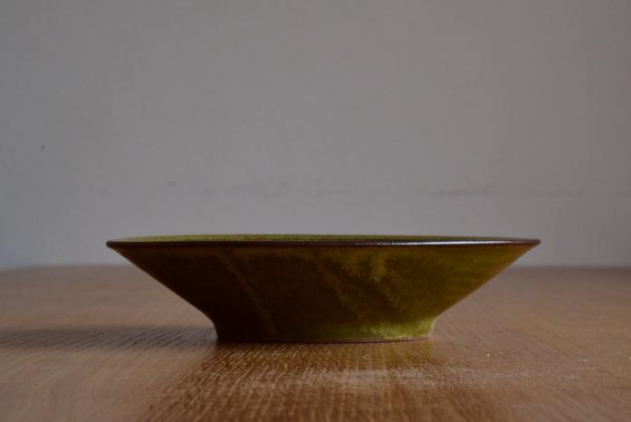 中村恵子|深緑リム皿(中) 水平