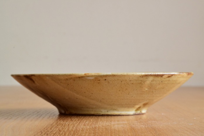 中村恵子|粉引鉢(7寸) 水平