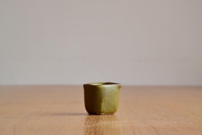 中村恵子|深緑ミルクピッチャー 水平