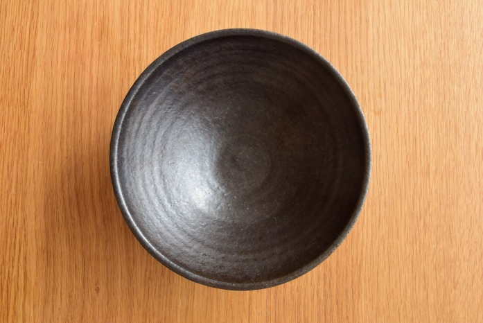 中村恵子|黒ボウル 俯瞰・表