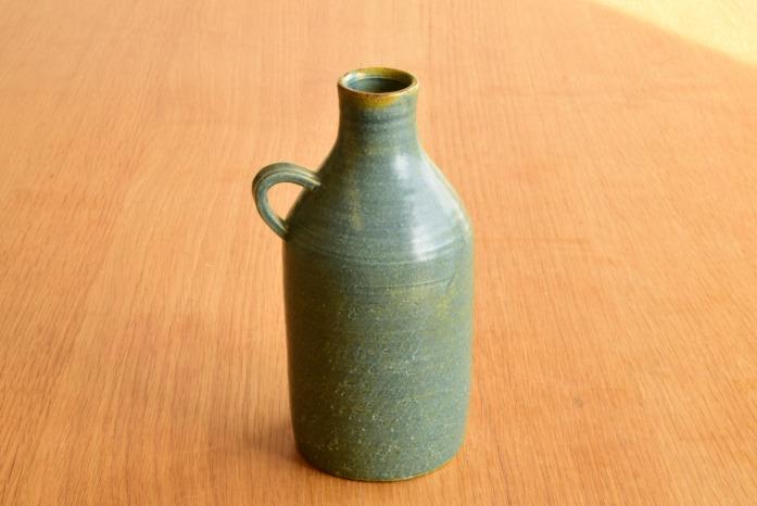 沖澤 真紀子|取っ手付き花器(A) 二人展の際の作品となります。
