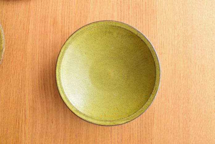 中村恵子|深緑リム皿(中) 俯瞰・表