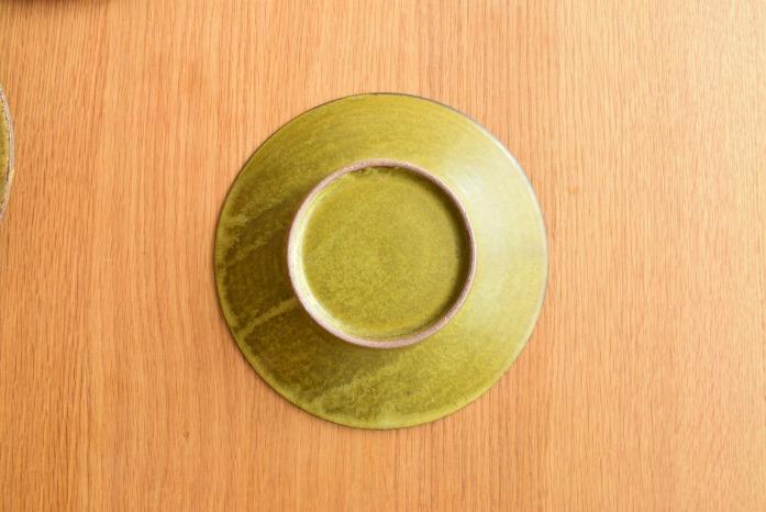 中村恵子|深緑リム皿(中) 俯瞰・裏
