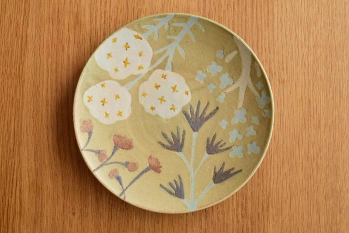 沖澤 真紀子|グリーンHana皿(21cm)B hanaシリーズ、二人展の際の一点モノとなります。