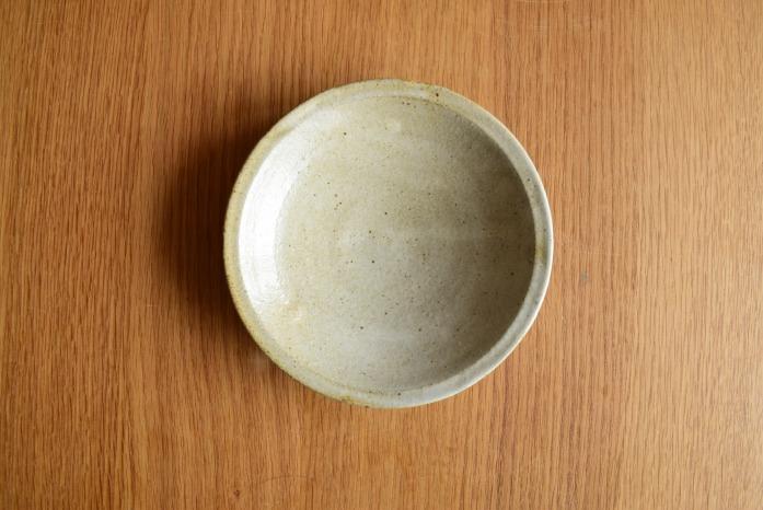 中村恵子|粉引リム皿(小) 俯瞰・表