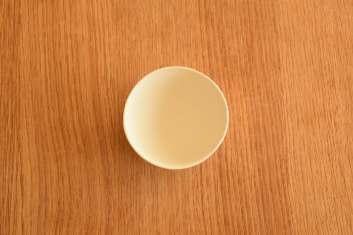 照井壮|粗磁土コドモ飯碗 俯瞰・表