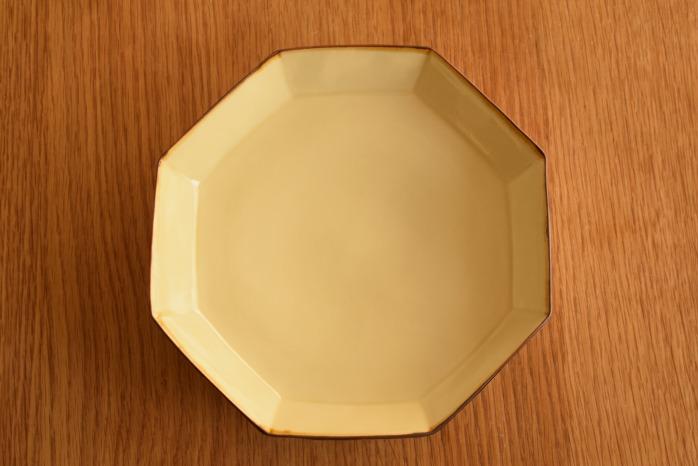 照井壮|プリン釉八角皿 俯瞰・表