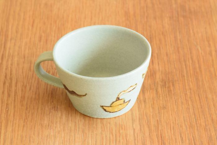 沖澤 真紀子|こどもマグカップ(ブルー・ヨット) 個展の際の作品となります。