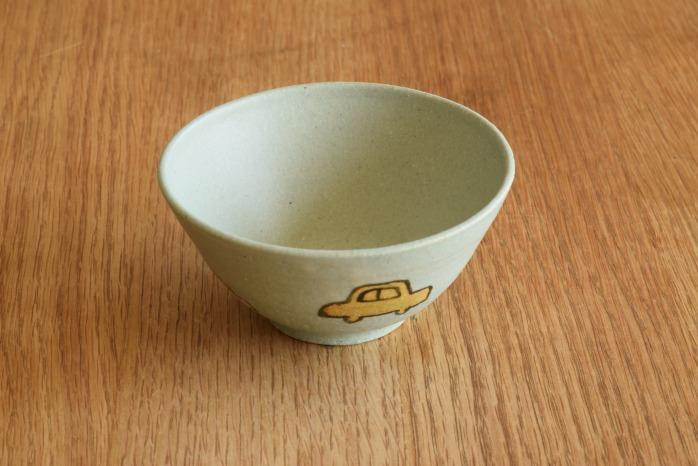 沖澤 真紀子|こども飯碗(ブルー・くるま) 個展の際の作品となります。