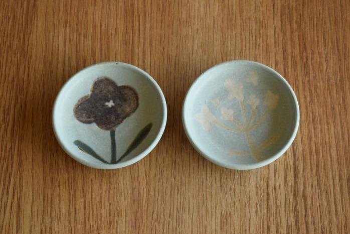 沖澤 真紀子|ブルーhana豆皿 個展の際の作品となります。
