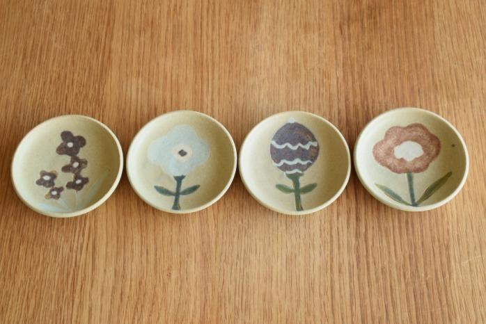 沖澤 真紀子|グリーンhana豆皿 個展の際の作品となります。