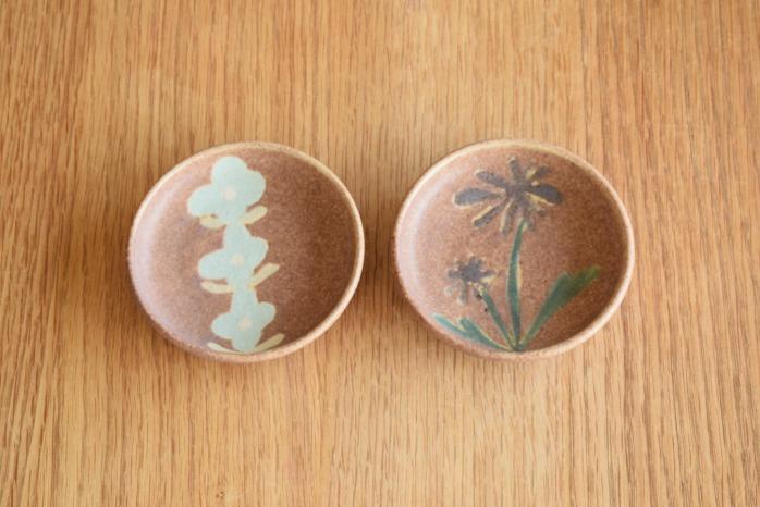 沖澤 真紀子|ピンクhana豆皿 個展の際の作品となります。