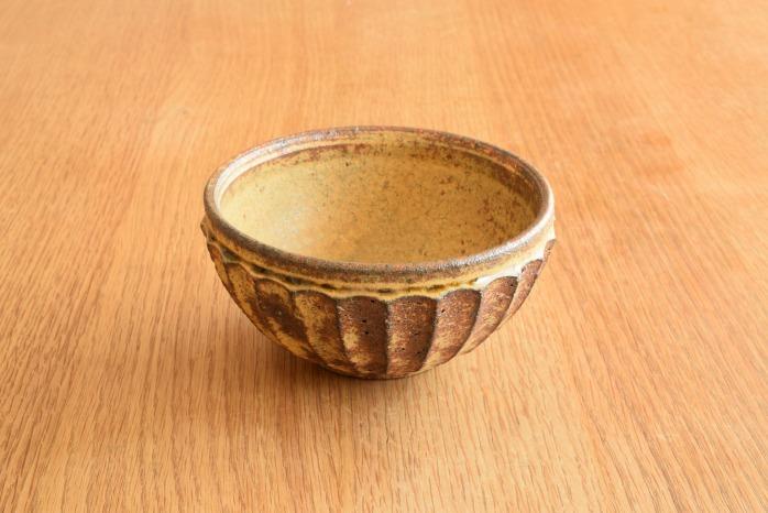 田鶴濱守人|枯黄釉面取り鉢(小) 定番の面取り鉢の枯黄釉バージョンです。