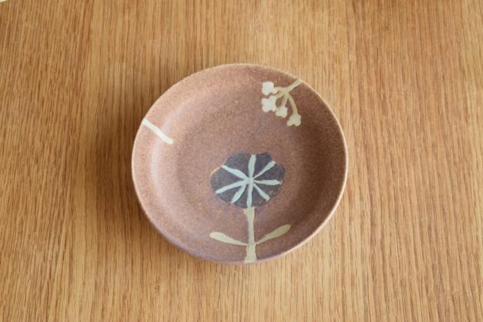 沖澤 真紀子|ピンクHana皿(15cm)B個展の際の作品となります。