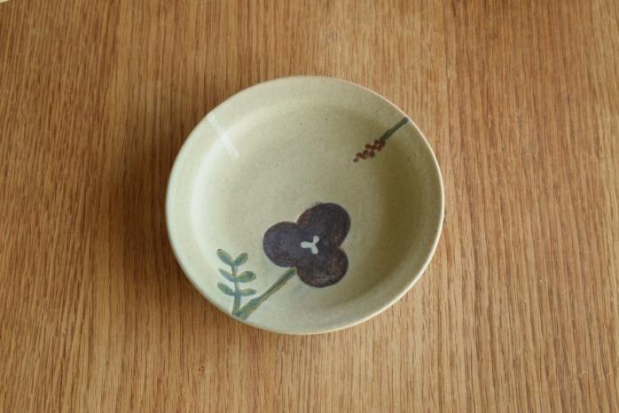 沖澤 真紀子|グリーンHana皿(15cm)B 個展の際の作品となります。