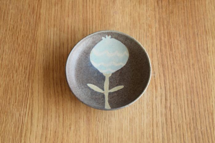 沖澤 真紀子|パープルおつまみ皿 個展の際の作品となります。