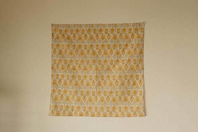 十布|ハンカチ(バローダの花・イエロー) インドのバロックプリントのハンカチ