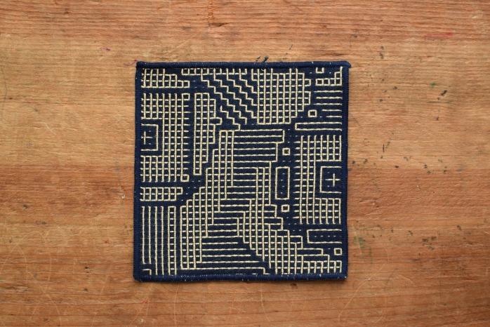 十布|刺子織のコースター(ネイビー)温かい刺子織のコースター