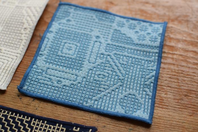 十布|刺子織のコースター(ブルー) 正面