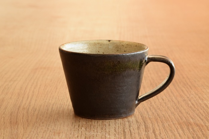 中村恵子|黒マグカップ(小) 水平