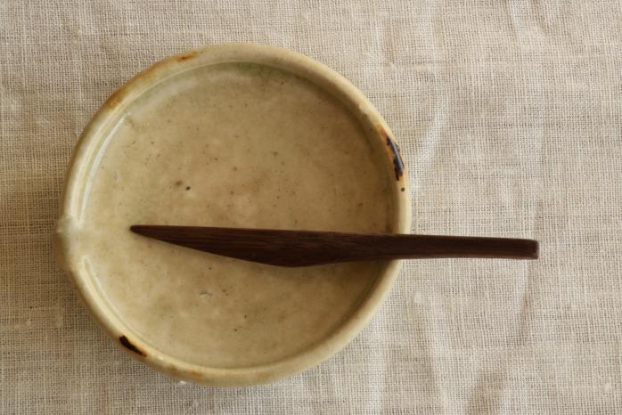 Semi-Aco 加賀雅之|菓子切(ウォールナット) 正面 お茶の時間をあげてくれる素敵な菓子切