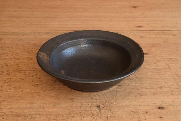 中村恵子|黒スープ鉢 楕円のうつわはとても重宝