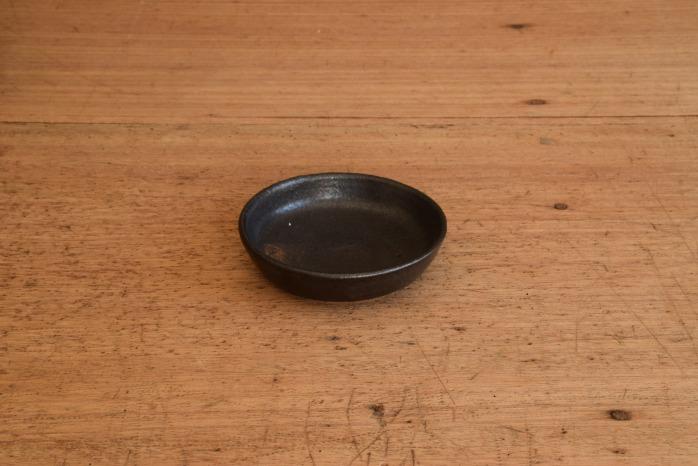 中村恵子|黒バスク鉢(ミニ) 水平