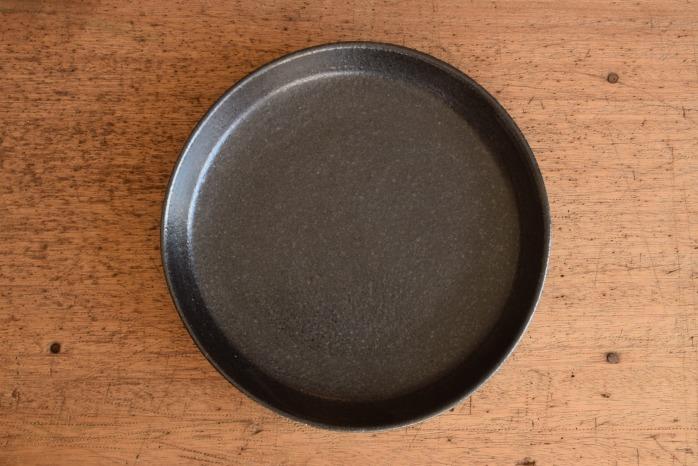 中村恵子|黒バスク鉢(中)俯瞰・表