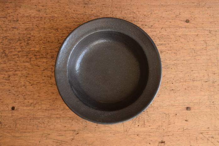 中村恵子|黒スープ鉢 俯瞰・表