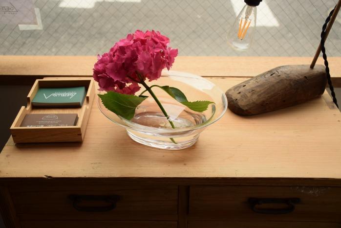 沖澤 康平|オーバルボウル(M) 正面 ガラスの大きめボウルって憧れます。